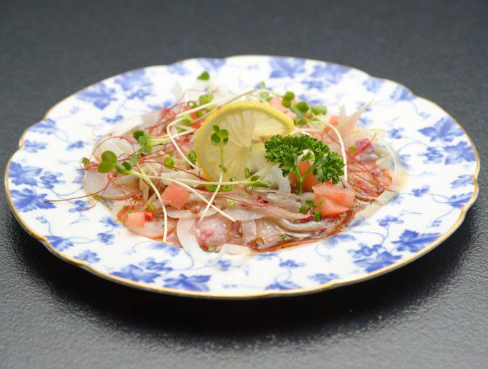 【津田かぶ菜漬フレークで】白身魚のカルパッチョ