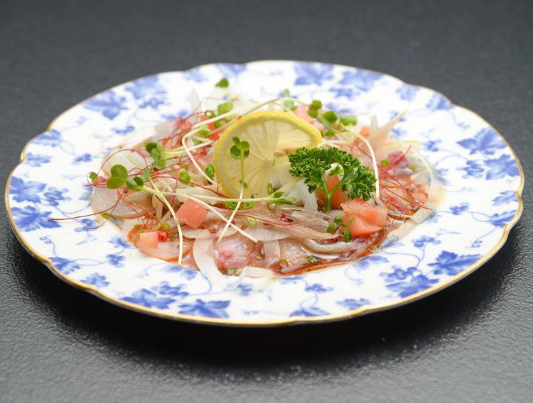 【津田かぶ菜漬ふりかけで】白身魚のカルパッチョ