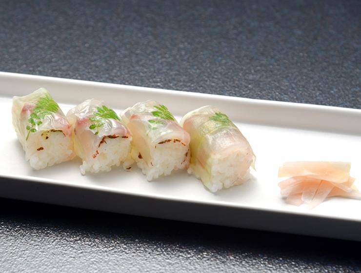 【しそ梅干しふりかけで】梅板と鯛の棒寿司